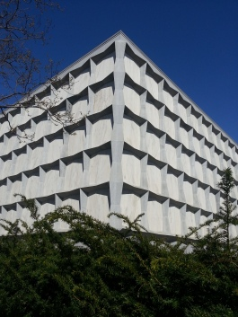 The amazing marble edifice that is the Beinecke Library - one of the largest buildings in the world devoted entirely to rare books and manuscripts, and celebrating its fiftieth anniversary this year.
