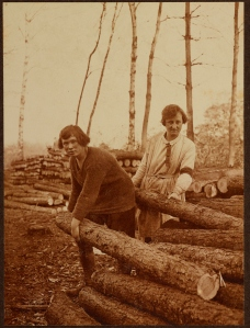 Women's Forestry Section - Handling Pit Props VPH.5.148