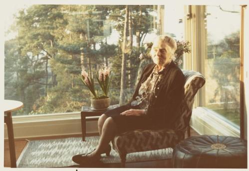 Margaret Pilkington at home, c.1973 PIL/3/1/6/13