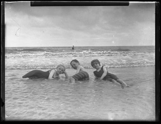 Langford Brooke Family, Colwyn Bay, 1916